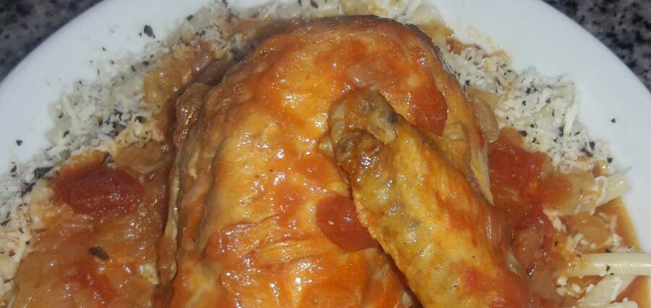 Chicken in a delicious sauce served with rice