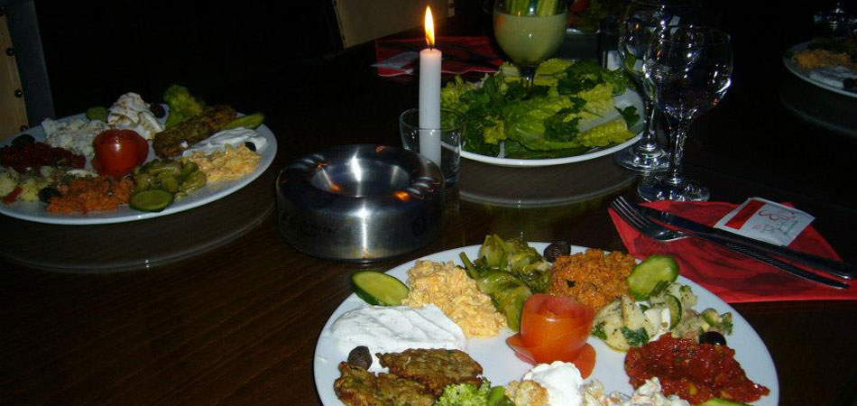 candlelight dinner of mezes
